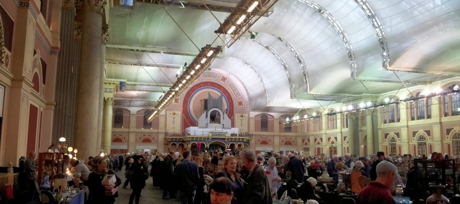 Alexandra Palace Antiques Market