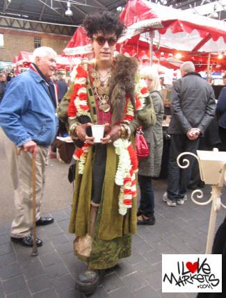 Old Spitalfields Market people spotting & watching