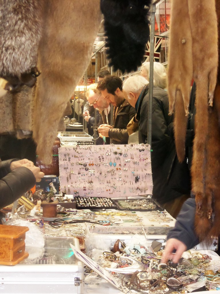 Antique Jewellery at the Antiques and Collectables Market Jubilee market Covent Garden