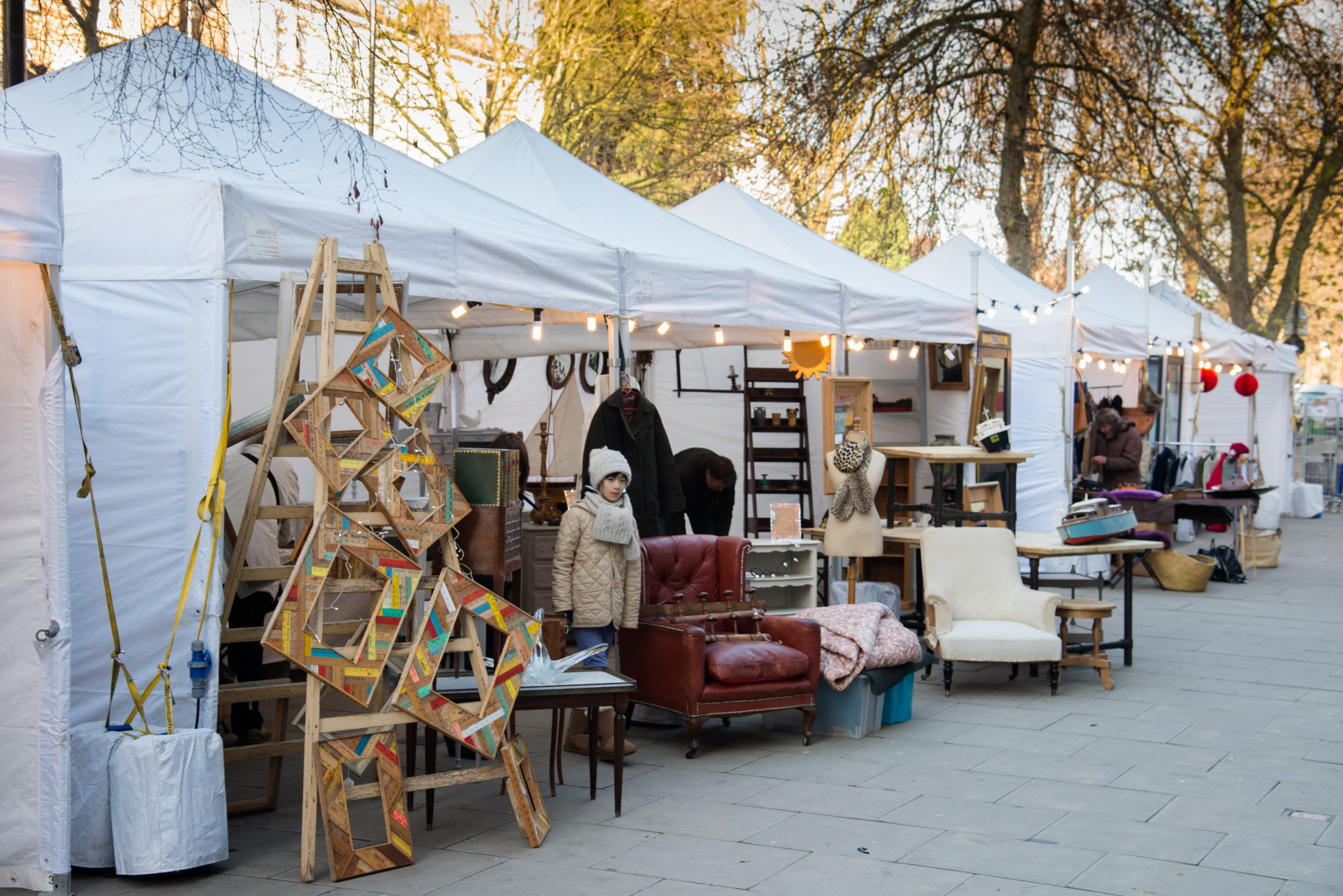 The avenue vintage and antiques market i love marketsi for Antique fairs and flea markets 2016