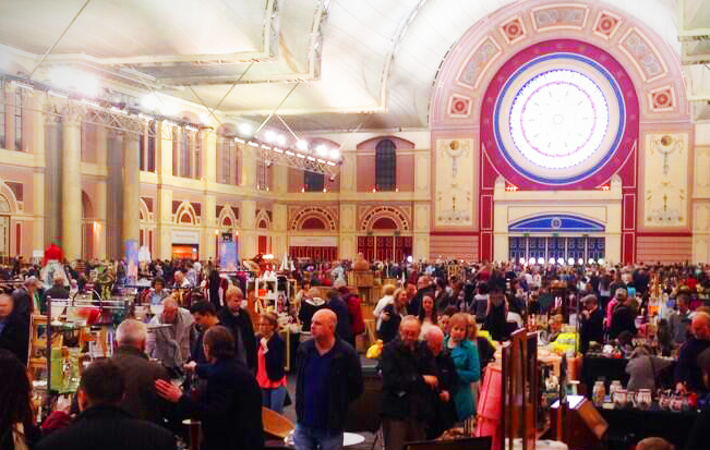 lexandra Palce Antiques and Collectors Fair